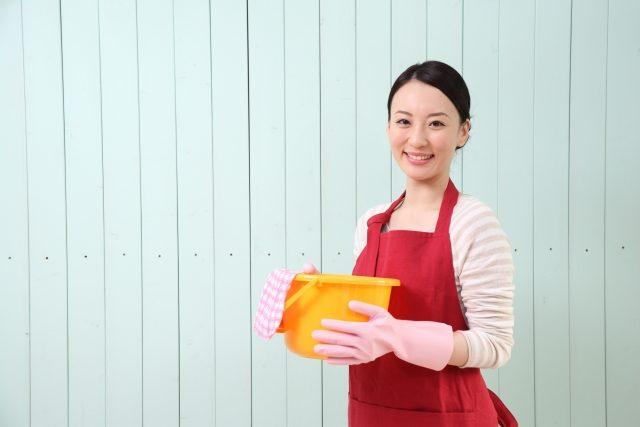 宿題や買い物代行の副業って儲かる?始め方や収入などについて